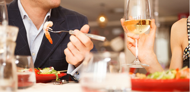 結婚できない男の「食事」あるある3つ