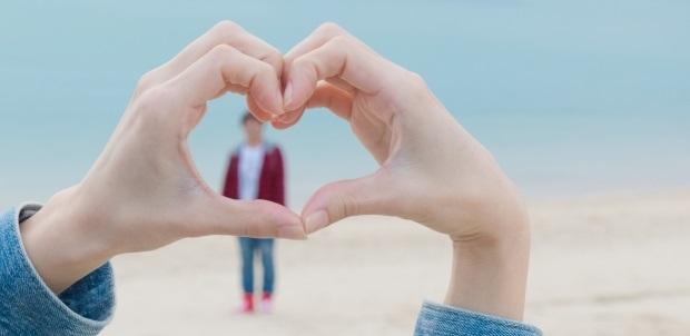 2人の愛が深まる連絡法は?恋愛はリアルな世界で繰り広げられる!
