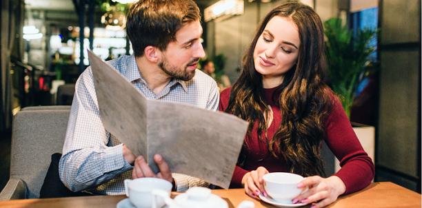 初めての食事デートで男性が見せる、意外な「脈ありサイン」3つ