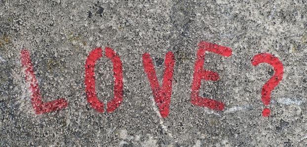 恋愛を諦めた人生は辛い? 恋に疲れた人へ心が軽くなるアドバイス
